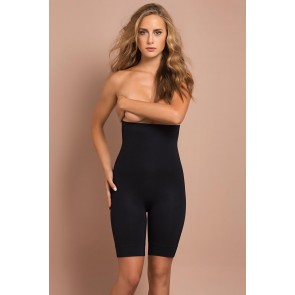 Shorts model 48394 Plie
